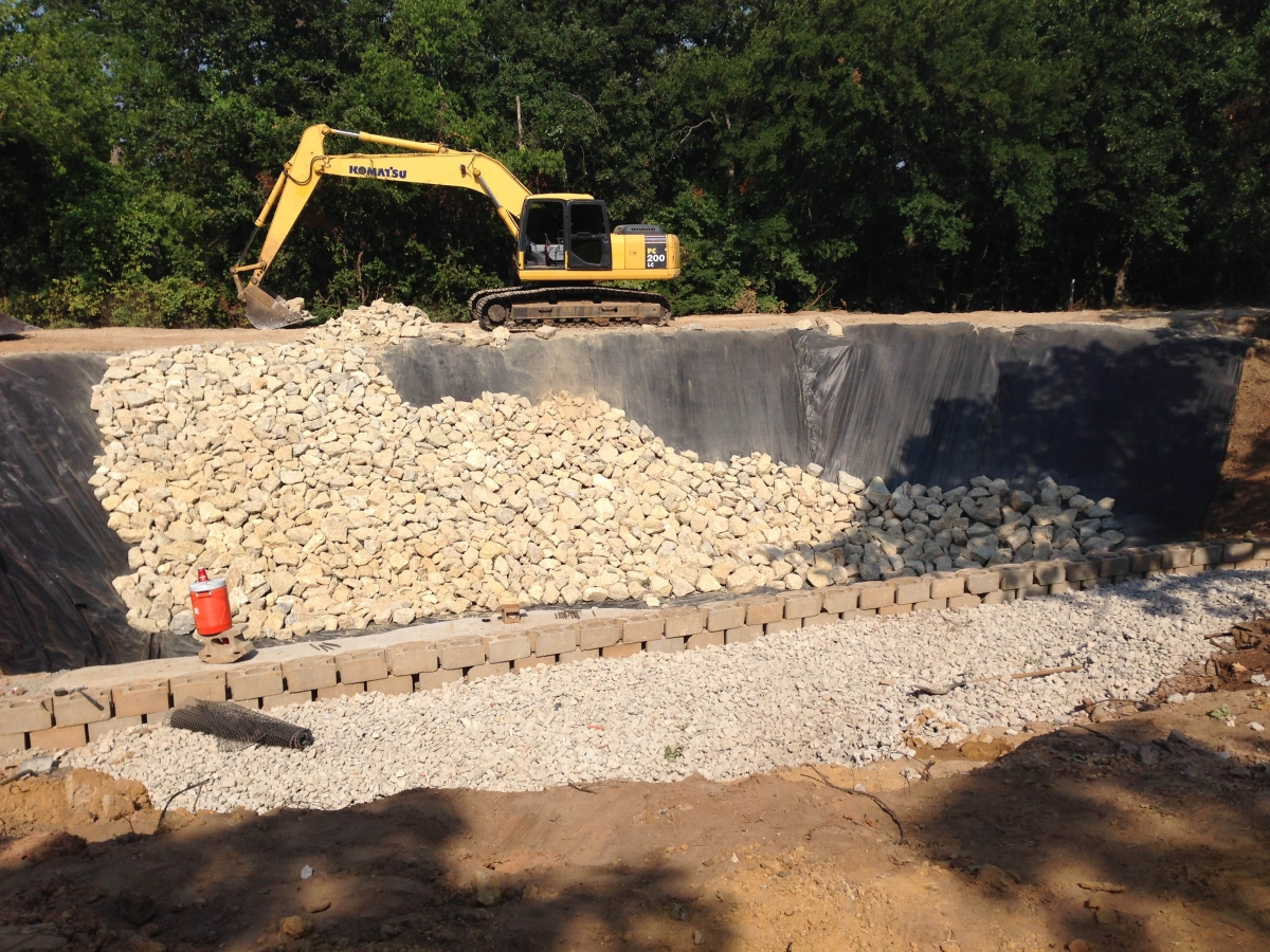 Fish pond lands construction for Koi pond contractors